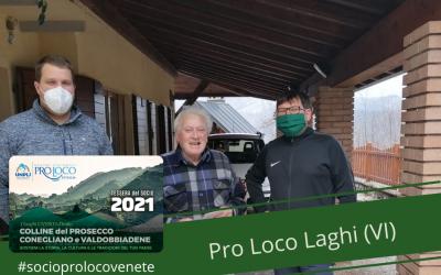 La #proloco Laghi ha consegnato le #tesseredelsocio  2021 a due concittadini d…